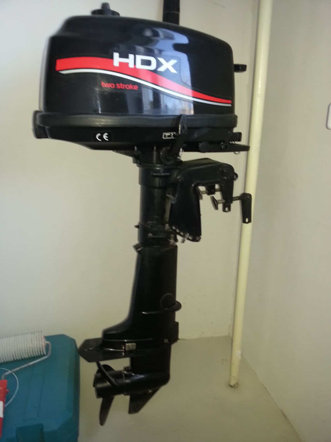 Где купить в москве лодочный мотор hdx